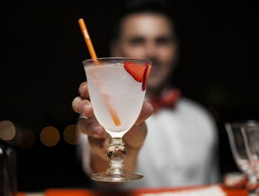 Privê Club time: Cointreau arma happy hour com Clarissa Wagner no comando