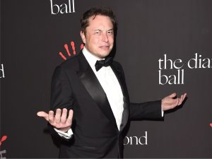 Elon Musk diz que pode ser bipolar após chamar Zuckerberg de ingênuo