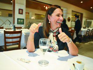 Almoço de PODER: Sofia Esteves e as novas gerações que chegam ao mercado