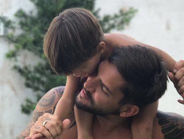 Felipe Pezzoni, da Banda Eva, entrega detalhes de sua vida como pai e como filho