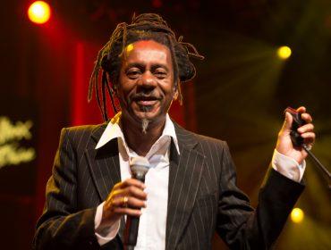 Em homenagem a Luiz Melodia, uma playlist com 9 hits que amamos