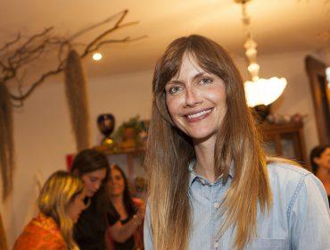 Ana Claudia Michels volta às passarelas e com exclusividade para a marca…