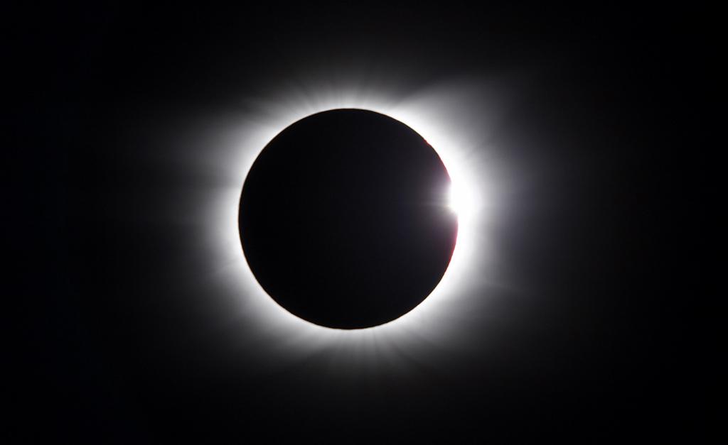 f2cd0da21 Eclipse solar total    Créditos: Getty Images/iStockphoto. Teremos Lua Nova  nesta segunda-feira ...