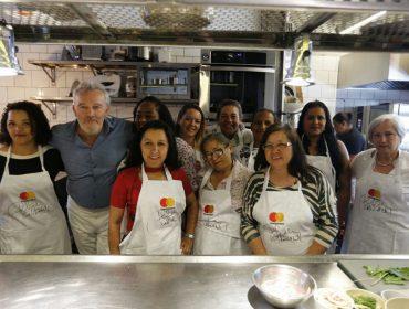 Mastercard reúne chef estrelado com culinaristas dos parceiros da ONG Banco de Alimentos