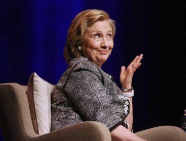 Sessão de autógrafos de livro de Hillary Clinton tem ingressos a partir de US$ 2.375