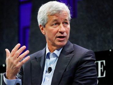 """Poderoso banqueiro americano chama fenômeno das criptomoedas de """"fraude"""""""