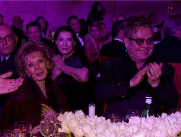 Fundação de Elton John em prol da Aids vai comemorar 25 anos com festão em NY