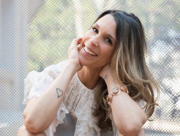Sarah Oliveira vai voltar à rádio com programa que revela os ídolos dos famosos