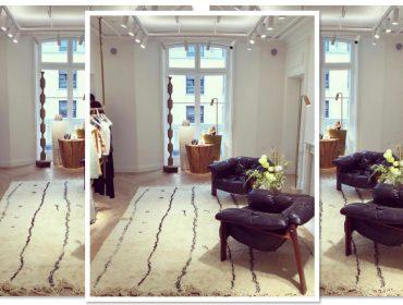 Poltronas criadas por designer brasileiro dão o tom em certo showroom em Paris…