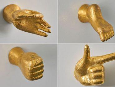 Lá em Casa: os puxadores lúdicos de mãos e pés de Jonathan Adler
