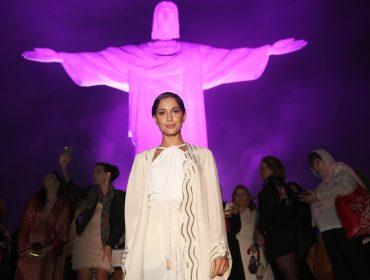 Camila Pitanga, Baby do Brasil e mais no cocktail do Outubro Rosa
