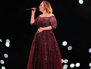 Adele pode se tornar a estrela mais bem paga da história de Las Vegas e desistir de aposentadoria