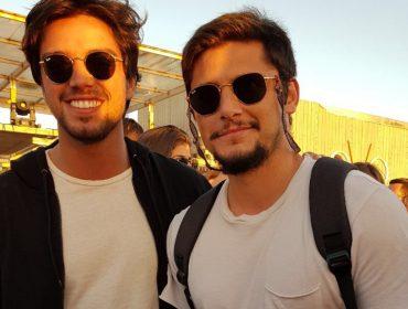 Irmãos Bruno Gissoni e Rodrigo Simas se preparam para contracenar em novela global