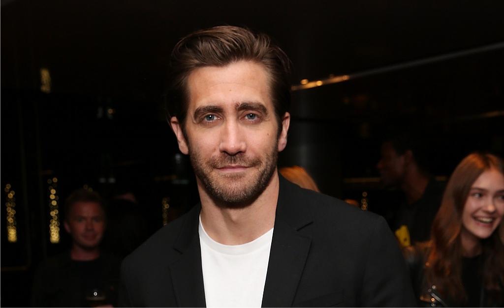 955f9a3bdf34a Jake Gyllenhaal estrela nova campanha de perfume da CK. Vem aqui ver a foto!