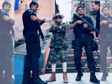 Madonna sobe morro carioca pronta para o combate… O que ela foi fazer lá? Vem saber
