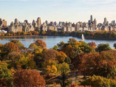 Quanto um casal precisa ter na conta bancária para viver com todos os luxos em Nova York?