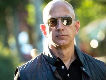 Jeff Bezos, o homem mais rico do mundo, agora é também o mais rico da história