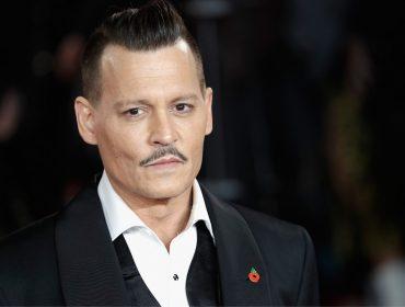 Ex-agentes querem que Johnny Depp venda propriedades para quitar dívidas