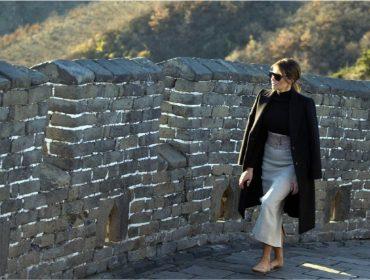"""Na China, Melania Trump tem encontro privée com os dois """"diplomatas"""" mais famosos do país"""
