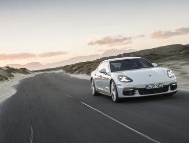 Porsche estaciona na Casa Glamurama para novo Encontro de PODER