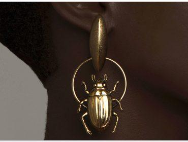 Desejo do Dia:meio mística com o besouro folheado a ouro by A Figurinista