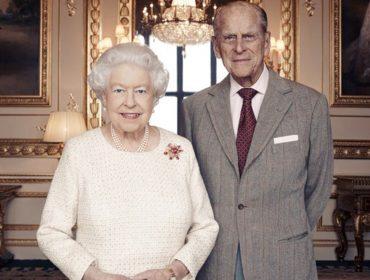 Elizabeth II e príncipe Philip ganham novo retrato para marcar 70 anos de casamento