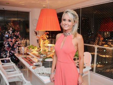 Vinho Siglo de Oro e Camila Klein armaram jantar para amigos nessa quarta-feira