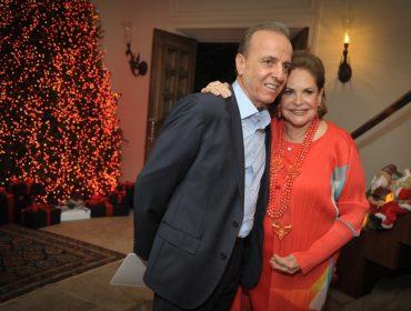 Vanda Jacintho e Jacintho Onorio abriram seu château para jantar beneficente de fim de ano