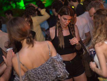 Bianca Brandolini d'Adda anda incomodada com certo assédio em Trancoso…