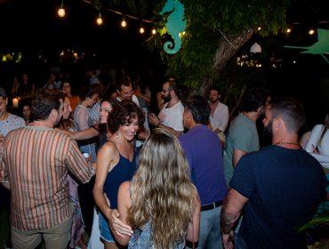 Congestionamento de gente bonita na Casa Glamurama Trancoso deixou a noite de sábado mais animada no Quadrado…