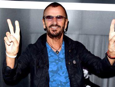 """Depois de anos de espera, Ringo Starr vai ser finalmente condecorado como """"Sir"""""""