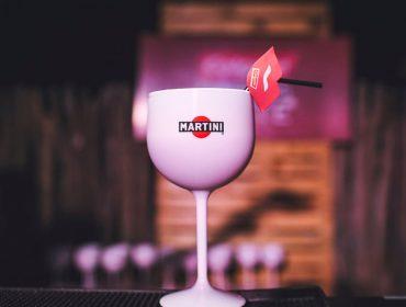 Martini marca presença nos melhores destinos de verão. Cheers!