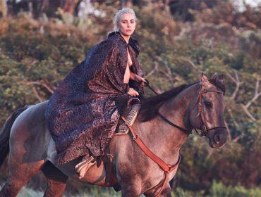 """Lady Gaga aposta em """"tratamento alternativo"""" para ajudá-la com a fibromialgia…"""
