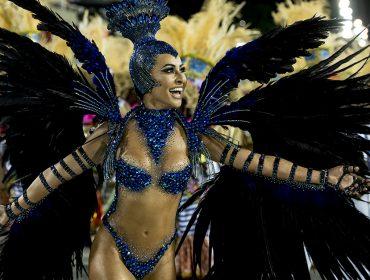 """Sabrina Sato às vésperas do Carnaval: """"é a época que mais amo. Rola muita emoção e adrenalina"""""""