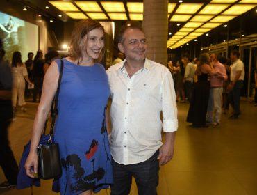 """Gritos de """"Fora Temer"""" marcam estreia de novo show de Chico Buarque, no Rio"""