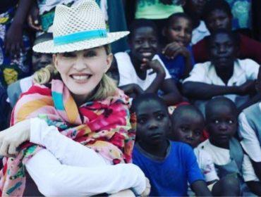 Madonna anuncia que vai construir mais quatro escolas no Malawi nos próximos meses