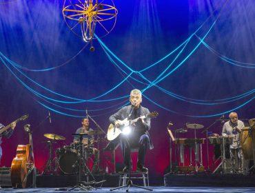 """Chico Buarque e a """"tradição"""" que o faz voltar nessa quinta aos palcos cariocas com sua nova turnê"""