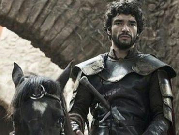 """Caio Blat sobre seu papel em""""Deus Salve o Rei"""": """"acho que foi erro de escalação"""""""