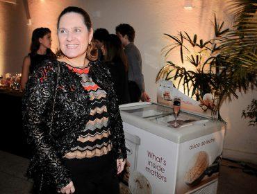 Flávia Nazar entra em ação para dar charme ao nosso camarote no Folia Glamurama