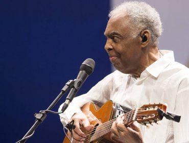 Gilberto Gil sobe no Expresso 2222 em homenagem ao aniversário de 464 anos de SP. Aos detalhes!