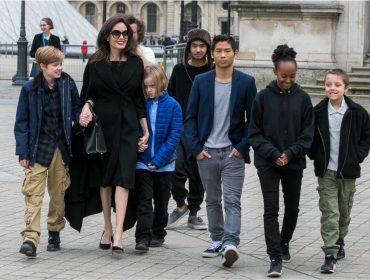 """Angelina Jolie revela o conselho que costuma dar às filhas: """"O que está na nossa mente é o que nos define"""""""