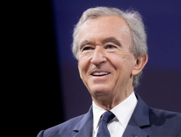 Chefão da LVMH entra no top 5 dos homens mais ricos do mundo. Aos números!