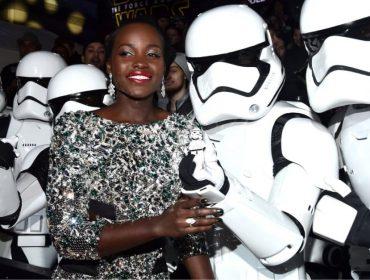 """Sucesso absoluto de público, """"Pantera Negra"""" bateu até recorde de """"Star Wars"""". Qual?"""
