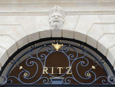 Ritz, de Paris, vai leiloar peças de seu rico mobiliário e tem até a cama de Audrey Hepburn