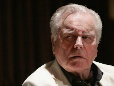 Décadas depois, Robert Wagner se torna suspeito no caso da morte de Natalie Wood