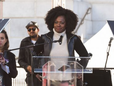 """Viola Davis reclama de salários pagos a atrizes negras em Hollywood: """"Me paguem o que mereço!"""""""