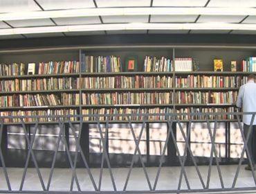 Sem porta e aberta 24 horas, nova biblioteca pública em São Paulo é must go da vez!