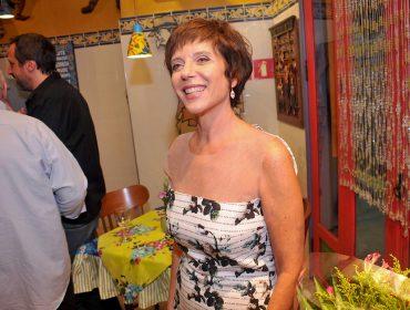 Lilian Ring comemora aniversário com jantar em São Paulo
