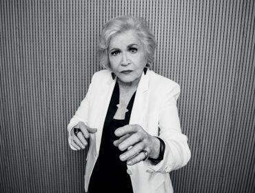 Aos 88 anos, Nathalia Timberg sai em turnê com nova peça e já tem vários projetos na manga