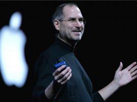 Currículo preenchido por Steve Jobs é leiloado por R$ 575 mil. Aos detalhes!